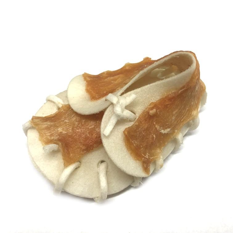 Bota z buvolí kůže s kuřecím masem